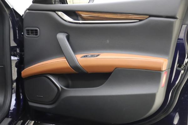 Used 2018 Maserati Ghibli S Q4 for sale Sold at Alfa Romeo of Greenwich in Greenwich CT 06830 25
