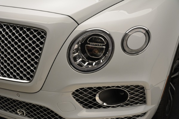 Used 2017 Bentley Bentayga for sale Sold at Alfa Romeo of Greenwich in Greenwich CT 06830 14