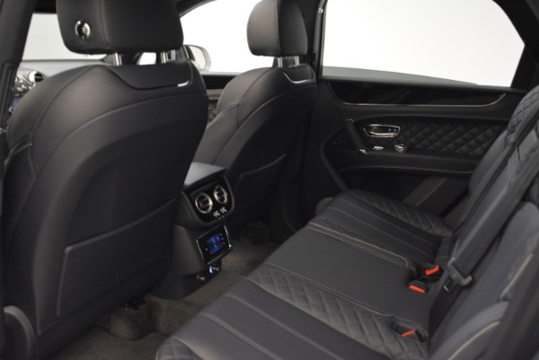 Used 2017 Bentley Bentayga for sale Sold at Alfa Romeo of Greenwich in Greenwich CT 06830 24