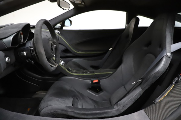Used 2016 McLaren 675LT for sale $225,900 at Alfa Romeo of Greenwich in Greenwich CT 06830 16