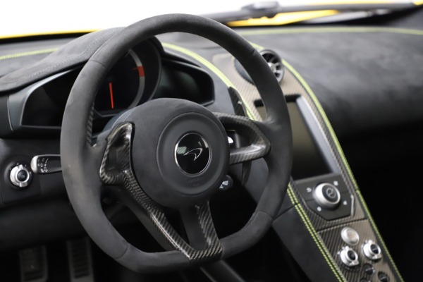 Used 2016 McLaren 675LT Coupe for sale $219,900 at Alfa Romeo of Greenwich in Greenwich CT 06830 18