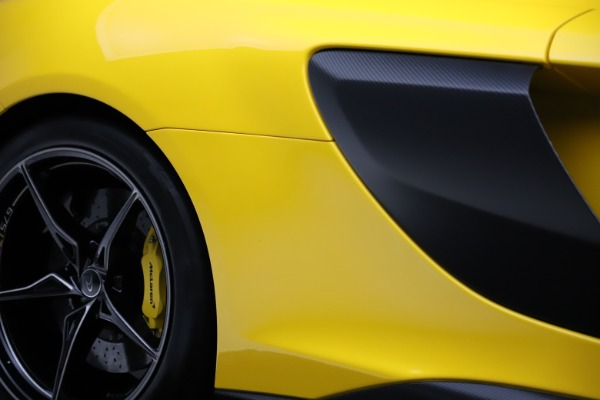 Used 2016 McLaren 675LT Coupe for sale $219,900 at Alfa Romeo of Greenwich in Greenwich CT 06830 27