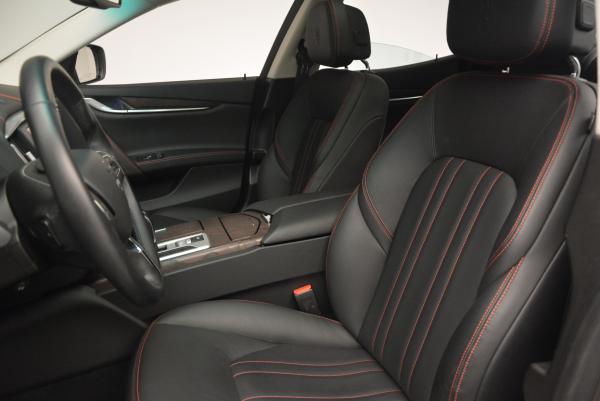 Used 2016 Maserati Ghibli S Q4 for sale Sold at Alfa Romeo of Greenwich in Greenwich CT 06830 24
