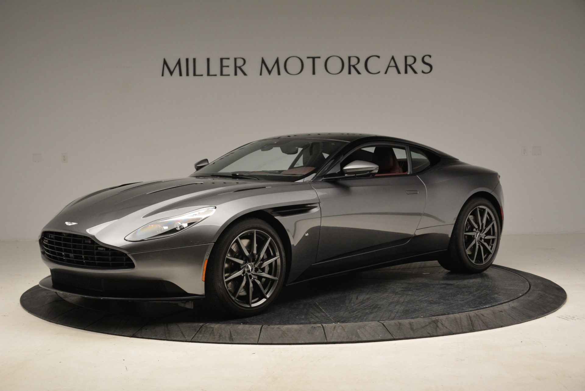 Used 2017 Aston Martin DB11 V12 Launch Edition for sale $134,900 at Alfa Romeo of Greenwich in Greenwich CT 06830 1