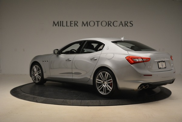 Used 2018 Maserati Ghibli S Q4 for sale Sold at Alfa Romeo of Greenwich in Greenwich CT 06830 3