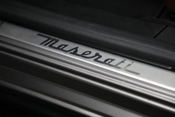 Used 2018 Maserati Ghibli S Q4 for sale $54,900 at Alfa Romeo of Greenwich in Greenwich CT 06830 20