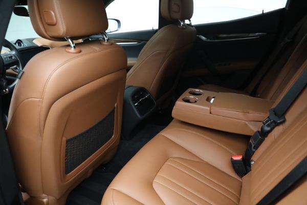 Used 2018 Maserati Ghibli S Q4 for sale $54,900 at Alfa Romeo of Greenwich in Greenwich CT 06830 21