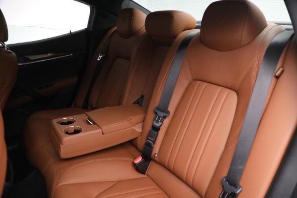 Used 2018 Maserati Ghibli S Q4 for sale $54,900 at Alfa Romeo of Greenwich in Greenwich CT 06830 23