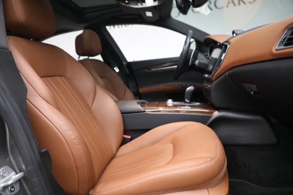 Used 2018 Maserati Ghibli S Q4 for sale $54,900 at Alfa Romeo of Greenwich in Greenwich CT 06830 26