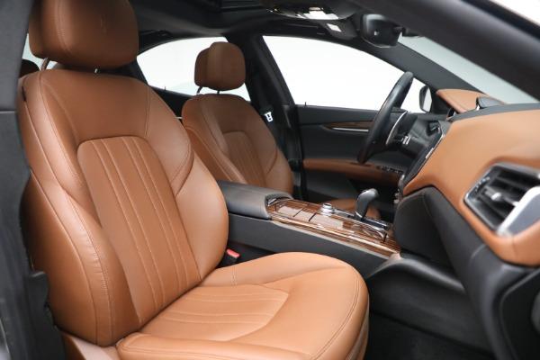 Used 2018 Maserati Ghibli S Q4 for sale $54,900 at Alfa Romeo of Greenwich in Greenwich CT 06830 27