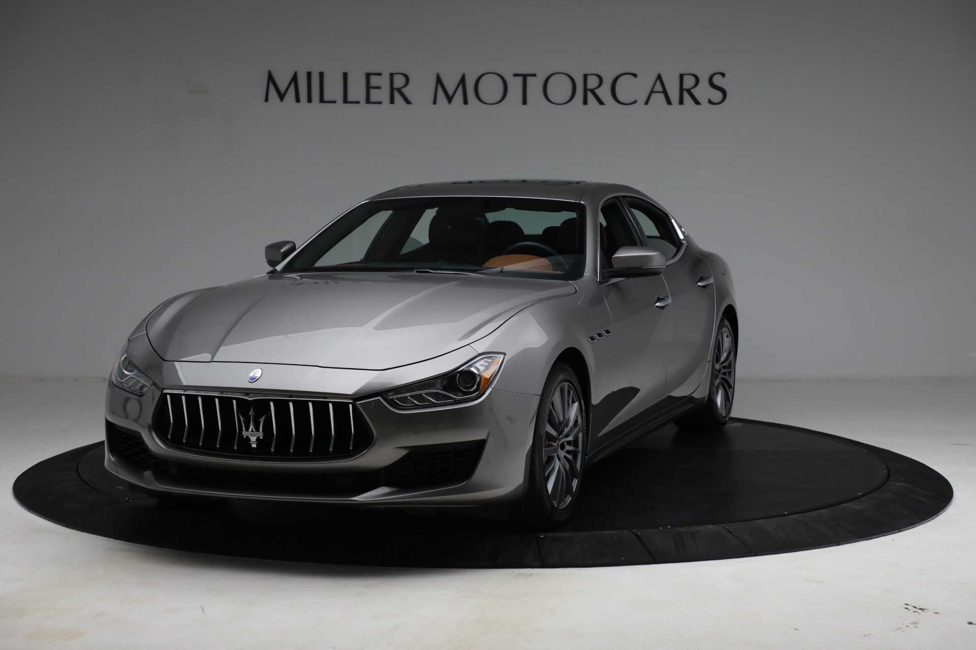 Used 2018 Maserati Ghibli S Q4 for sale $54,900 at Alfa Romeo of Greenwich in Greenwich CT 06830 1