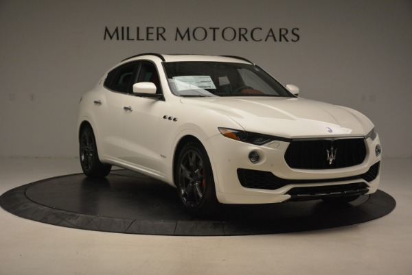 New 2018 Maserati Levante Q4 GranSport for sale Sold at Alfa Romeo of Greenwich in Greenwich CT 06830 11