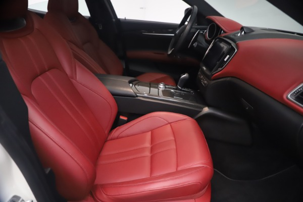 Used 2018 Maserati Ghibli S Q4 GranSport for sale Call for price at Alfa Romeo of Greenwich in Greenwich CT 06830 23