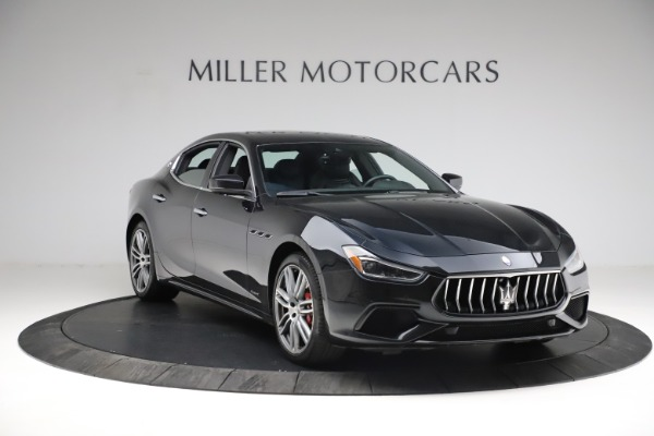 Used 2018 Maserati Ghibli S Q4 Gransport for sale $55,900 at Alfa Romeo of Greenwich in Greenwich CT 06830 12