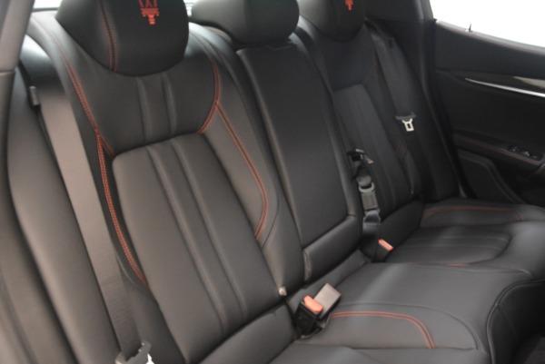 Used 2018 Maserati Ghibli S Q4 Gransport for sale $55,900 at Alfa Romeo of Greenwich in Greenwich CT 06830 23
