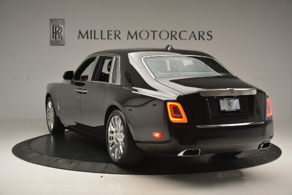 Used 2018 Rolls-Royce Phantom for sale Sold at Alfa Romeo of Greenwich in Greenwich CT 06830 5