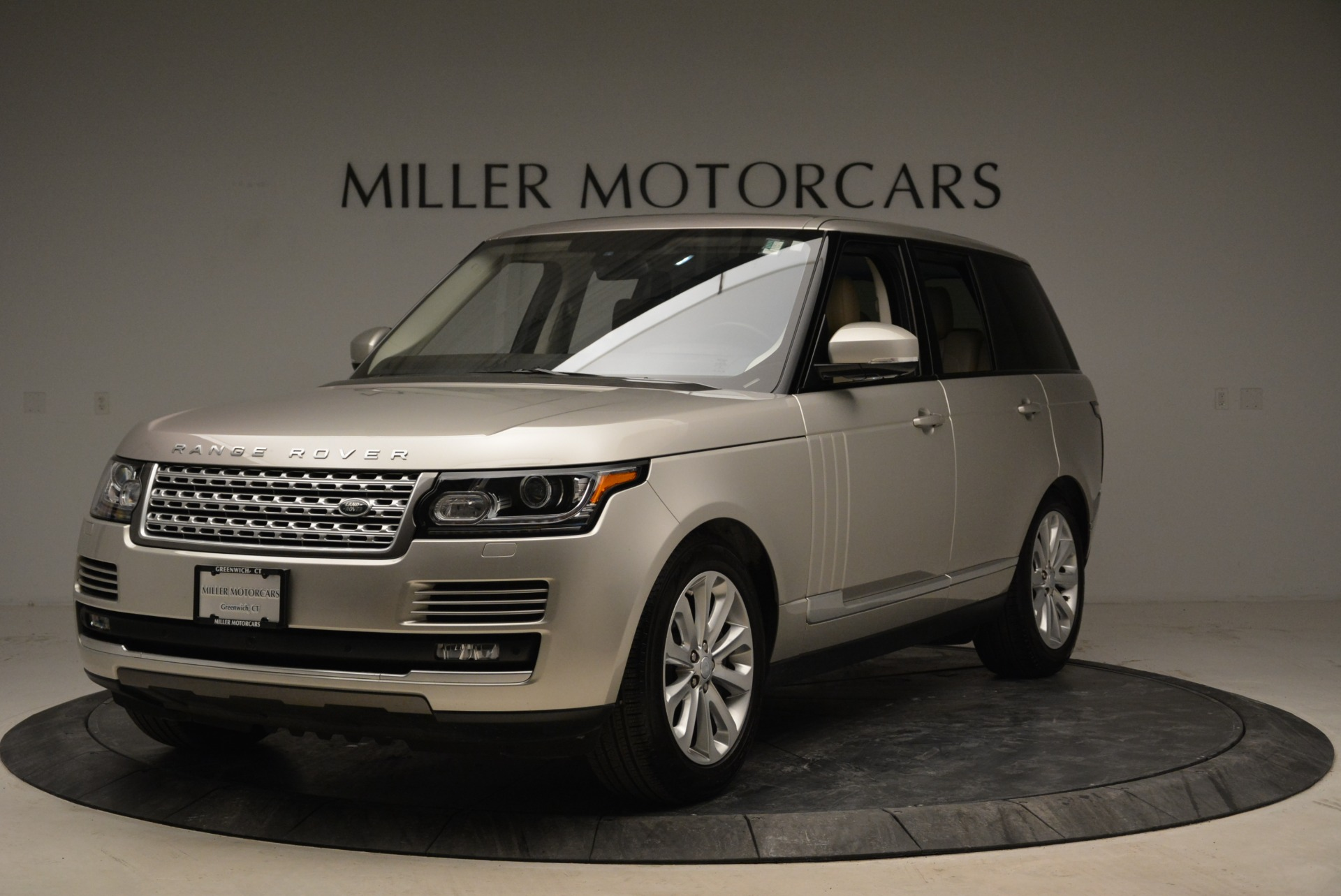 Used 2016 Land Rover Range Rover HSE for sale Sold at Alfa Romeo of Greenwich in Greenwich CT 06830 1