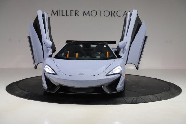 Used 2018 McLaren 570S Spider for sale Sold at Alfa Romeo of Greenwich in Greenwich CT 06830 17