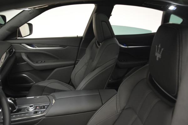 New 2018 Maserati Levante Q4 GranSport for sale Sold at Alfa Romeo of Greenwich in Greenwich CT 06830 16