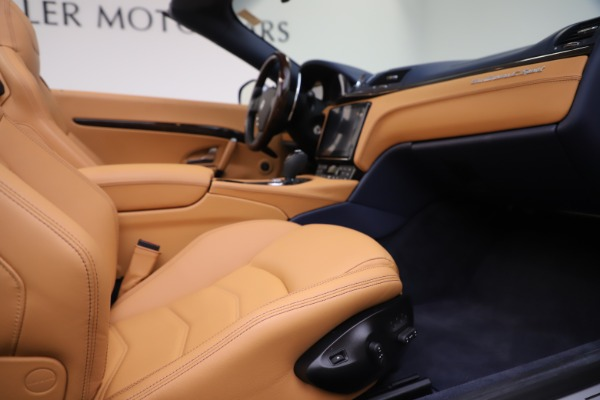 Used 2018 Maserati GranTurismo Sport Convertible for sale Sold at Alfa Romeo of Greenwich in Greenwich CT 06830 27