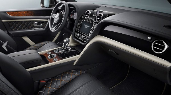 New 2018 Bentley Bentayga Mulliner for sale Sold at Alfa Romeo of Greenwich in Greenwich CT 06830 13
