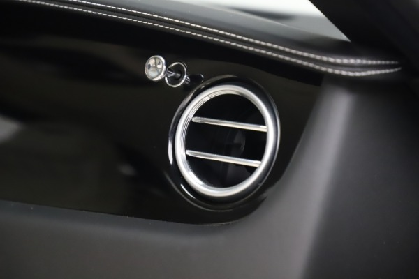 Used 2016 Bentley Continental GT W12 for sale $134,900 at Alfa Romeo of Greenwich in Greenwich CT 06830 25