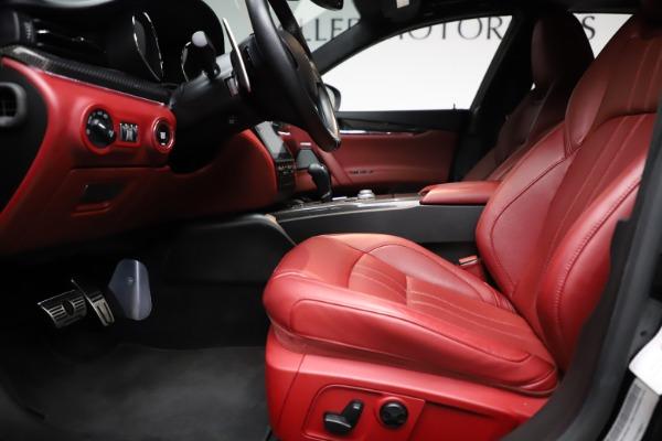 Used 2018 Maserati Quattroporte S Q4 GranSport for sale $67,900 at Alfa Romeo of Greenwich in Greenwich CT 06830 14