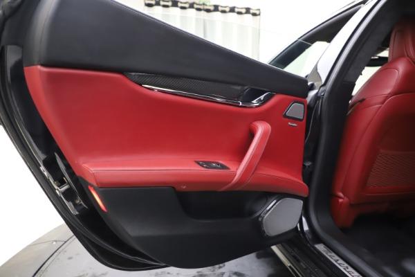 Used 2018 Maserati Quattroporte S Q4 GranSport for sale $67,900 at Alfa Romeo of Greenwich in Greenwich CT 06830 21