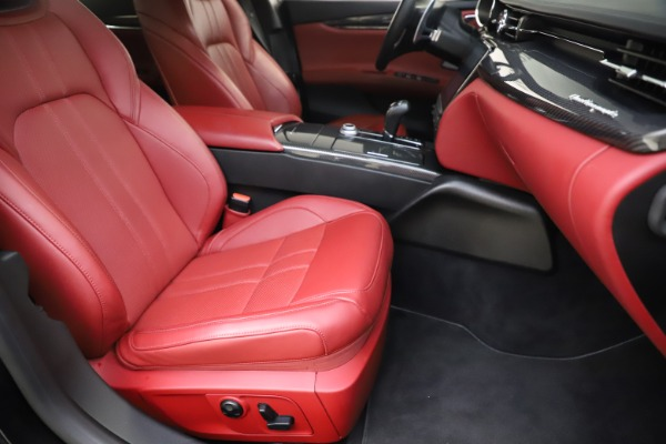 Used 2018 Maserati Quattroporte S Q4 GranSport for sale $67,900 at Alfa Romeo of Greenwich in Greenwich CT 06830 24