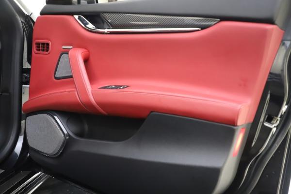 Used 2018 Maserati Quattroporte S Q4 GranSport for sale $67,900 at Alfa Romeo of Greenwich in Greenwich CT 06830 25
