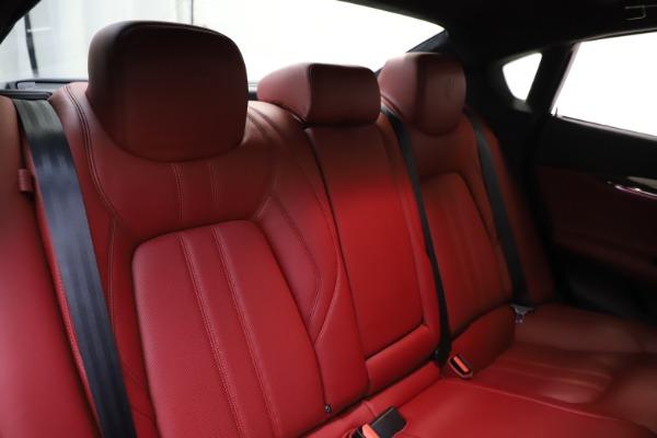 Used 2018 Maserati Quattroporte S Q4 GranSport for sale $67,900 at Alfa Romeo of Greenwich in Greenwich CT 06830 26