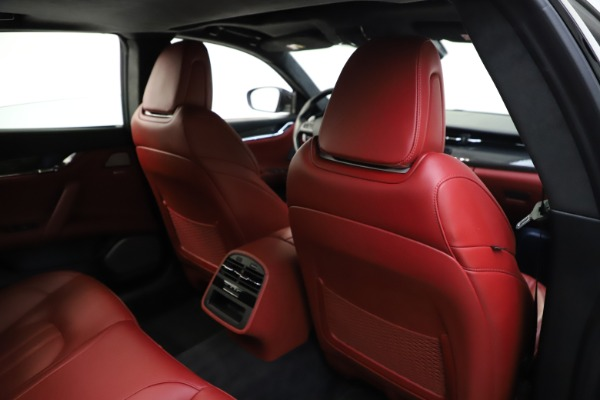 Used 2018 Maserati Quattroporte S Q4 GranSport for sale $67,900 at Alfa Romeo of Greenwich in Greenwich CT 06830 28