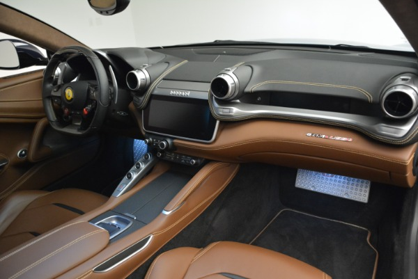Used 2017 Ferrari GTC4Lusso for sale Sold at Alfa Romeo of Greenwich in Greenwich CT 06830 18