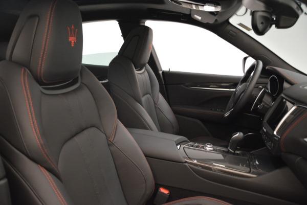 New 2018 Maserati Levante Q4 GranSport for sale Sold at Alfa Romeo of Greenwich in Greenwich CT 06830 23