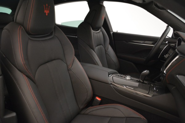 New 2018 Maserati Levante Q4 GranSport for sale Sold at Alfa Romeo of Greenwich in Greenwich CT 06830 24