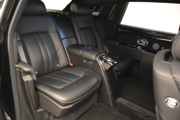 Used 2014 Rolls-Royce Phantom EWB for sale Sold at Alfa Romeo of Greenwich in Greenwich CT 06830 14