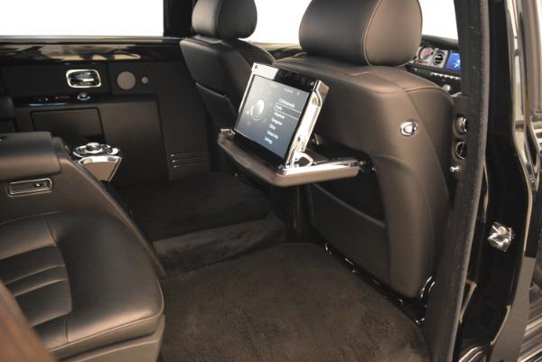 Used 2014 Rolls-Royce Phantom EWB for sale Sold at Alfa Romeo of Greenwich in Greenwich CT 06830 17