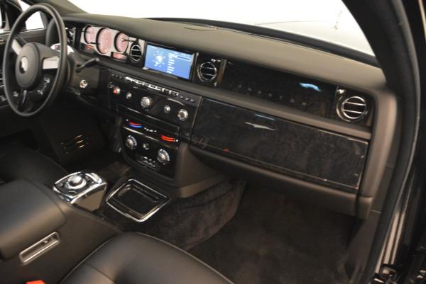 Used 2014 Rolls-Royce Phantom EWB for sale Sold at Alfa Romeo of Greenwich in Greenwich CT 06830 25