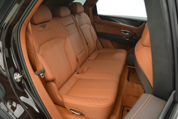 Used 2018 Bentley Bentayga W12 Signature for sale Call for price at Alfa Romeo of Greenwich in Greenwich CT 06830 17