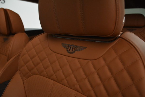 New 2018 Bentley Bentayga Signature for sale Sold at Alfa Romeo of Greenwich in Greenwich CT 06830 22