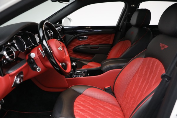 Used 2018 Bentley Mulsanne Speed for sale $229,900 at Alfa Romeo of Greenwich in Greenwich CT 06830 17