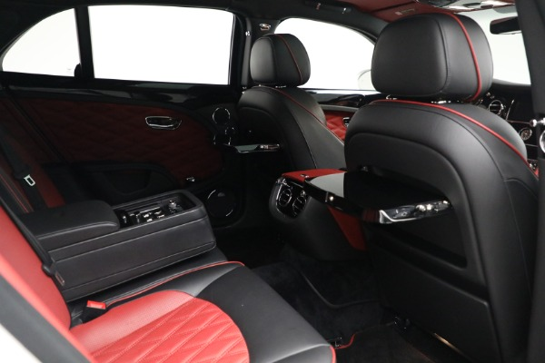 Used 2018 Bentley Mulsanne Speed for sale $229,900 at Alfa Romeo of Greenwich in Greenwich CT 06830 24