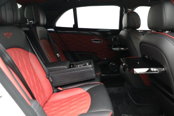 Used 2018 Bentley Mulsanne Speed for sale $229,900 at Alfa Romeo of Greenwich in Greenwich CT 06830 25