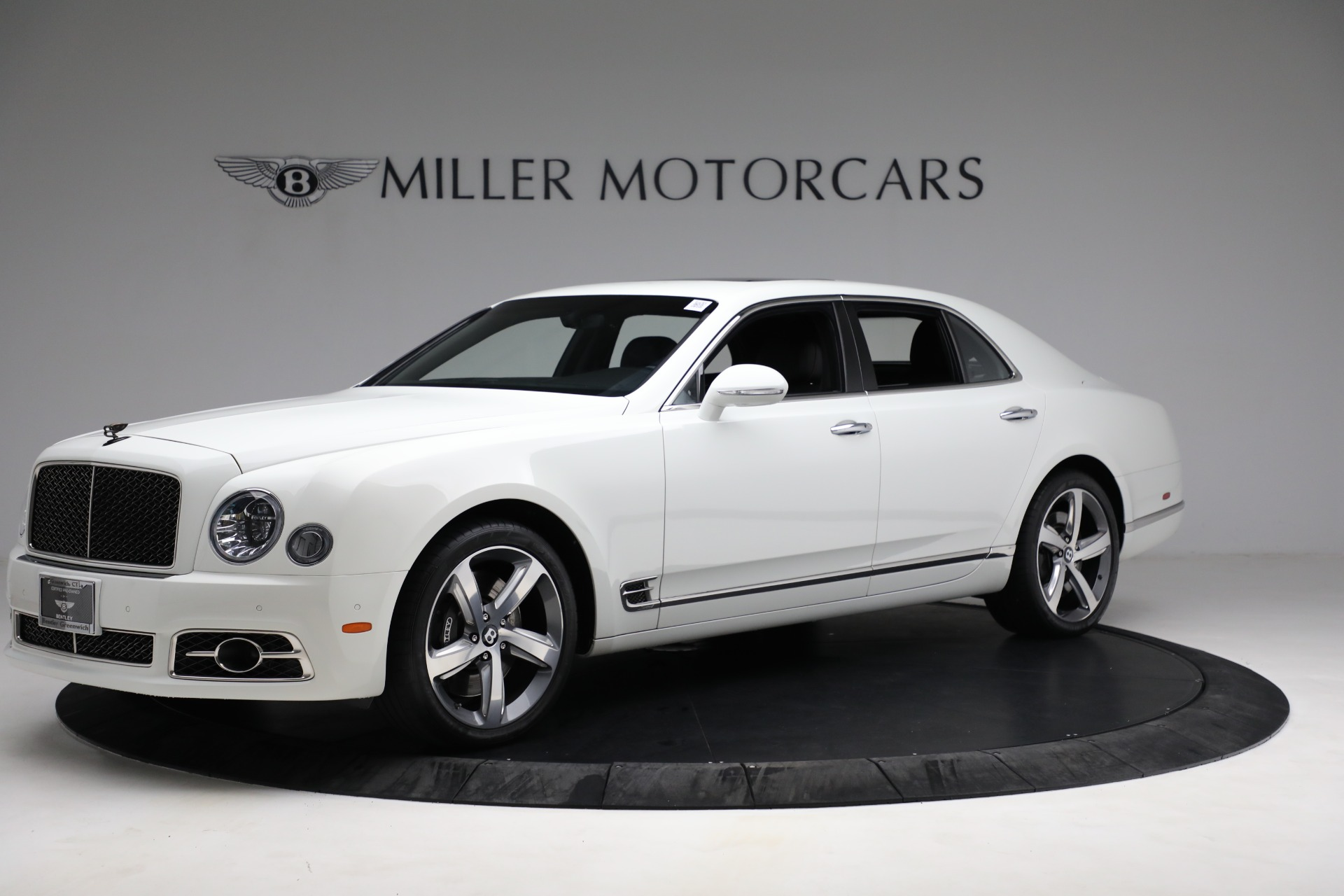 Used 2018 Bentley Mulsanne Speed for sale $229,900 at Alfa Romeo of Greenwich in Greenwich CT 06830 1