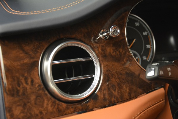 Used 2018 Bentley Bentayga Signature for sale Sold at Alfa Romeo of Greenwich in Greenwich CT 06830 20