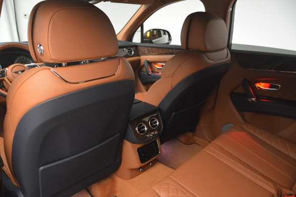 Used 2018 Bentley Bentayga Signature for sale Sold at Alfa Romeo of Greenwich in Greenwich CT 06830 22