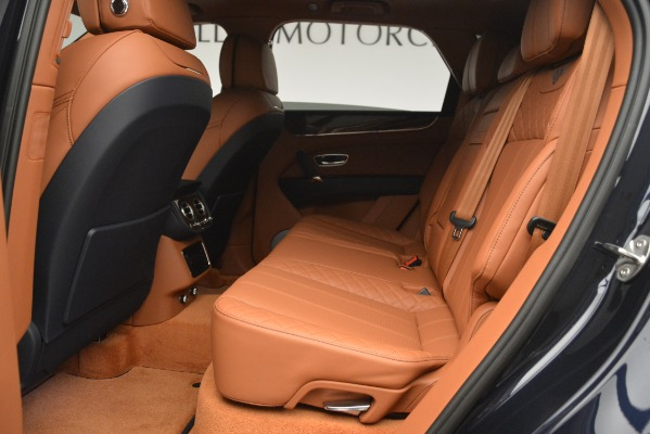 Used 2018 Bentley Bentayga Signature for sale Sold at Alfa Romeo of Greenwich in Greenwich CT 06830 23