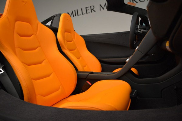 Used 2015 McLaren 650S Spider for sale Sold at Alfa Romeo of Greenwich in Greenwich CT 06830 28