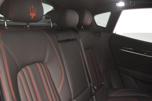 New 2018 Maserati Levante Q4 for sale Sold at Alfa Romeo of Greenwich in Greenwich CT 06830 24