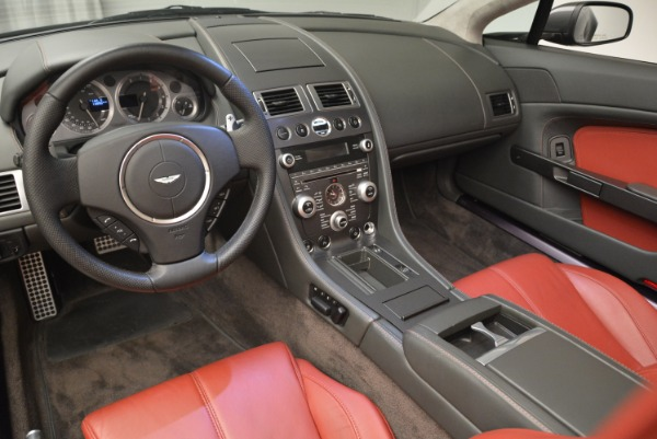 Used 2009 Aston Martin V8 Vantage Roadster for sale Sold at Alfa Romeo of Greenwich in Greenwich CT 06830 26
